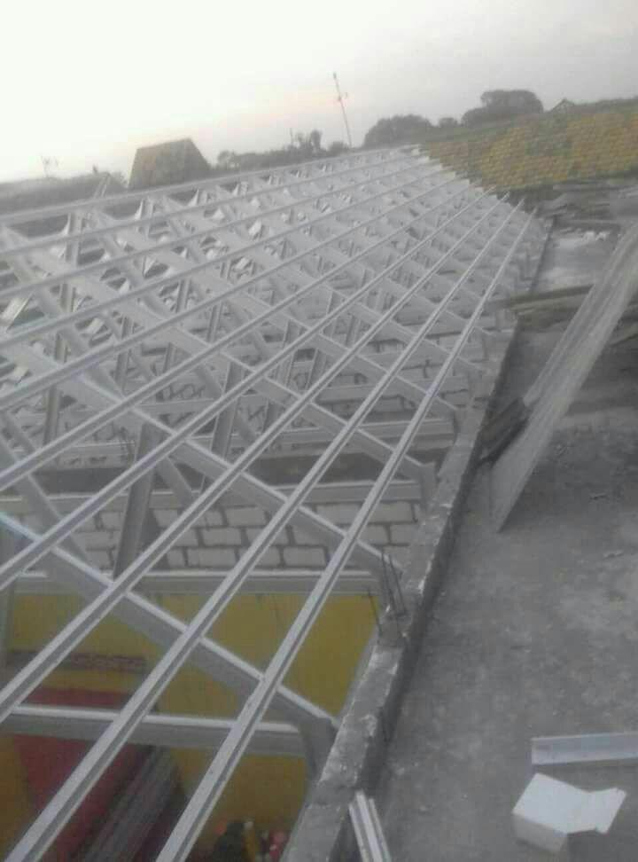 Jasa pemasangan atap galvalum Surabaya 081216660275